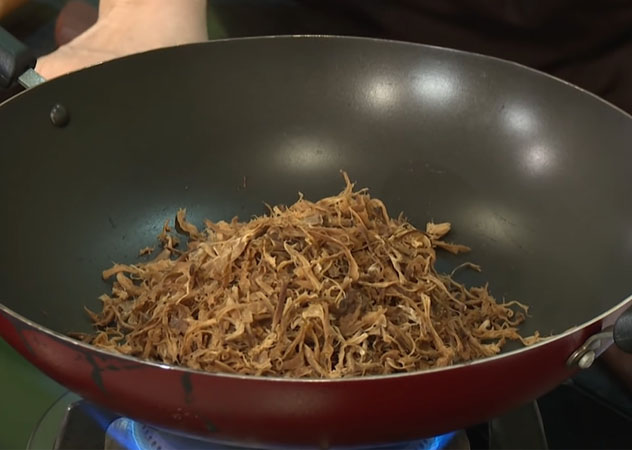 Cách làm chà bông chay từ Nấm Hương