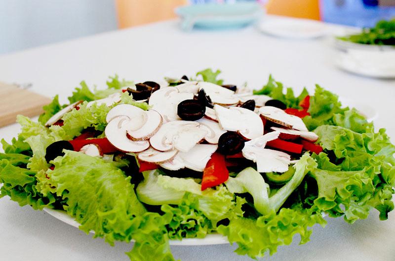 Cách chế biến Salad Nấm Mỡ
